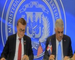 Transporte Aéreo: RD y EU firman acuerdo autorización aduanal